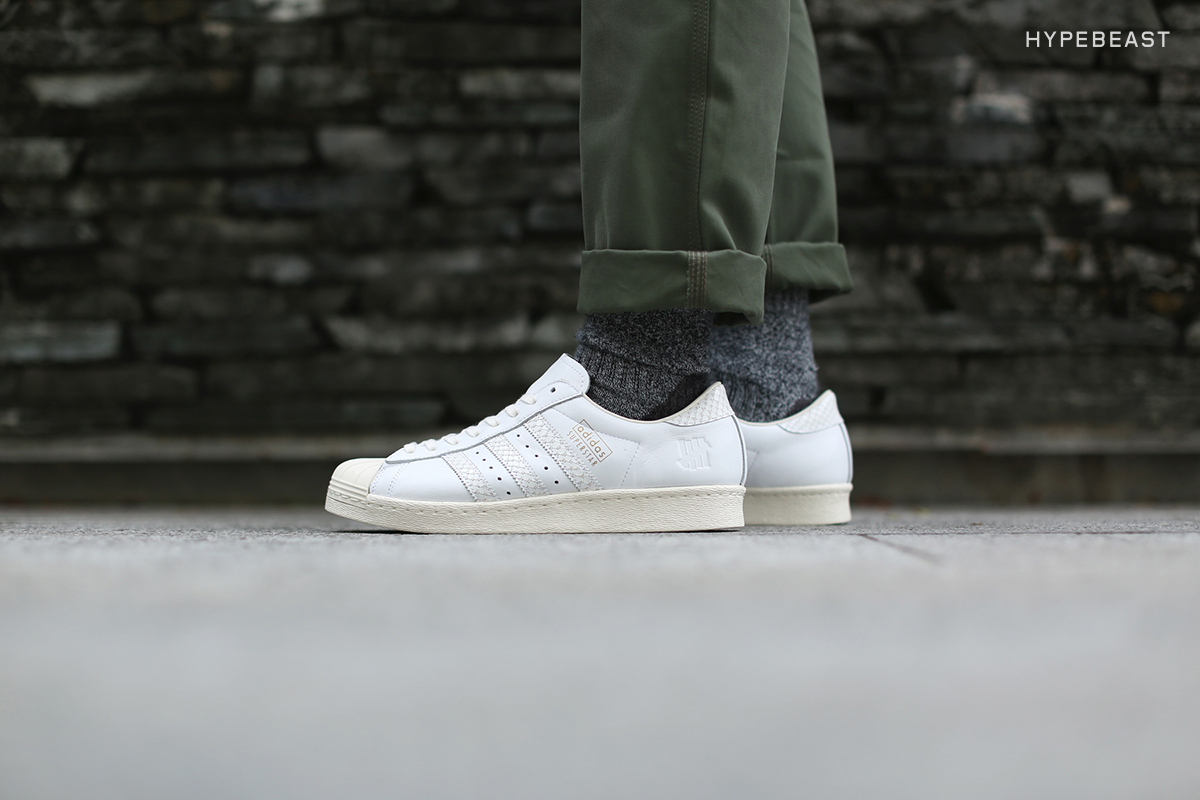 af4a80fc3822c3 adidas×UNDEFEATED SUPERSTAR 80V 10th Anniversary