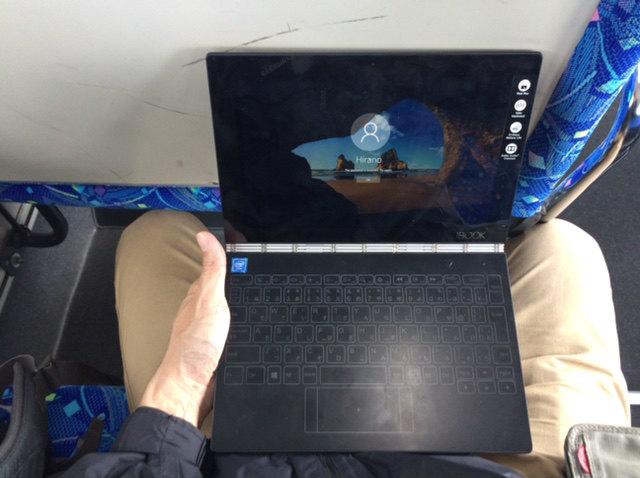 Lenovo yogabook レビュー