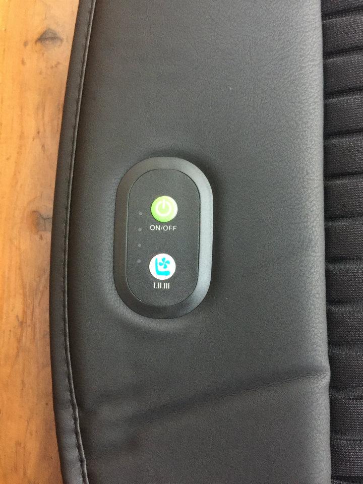 車用冷却ファン付きシート