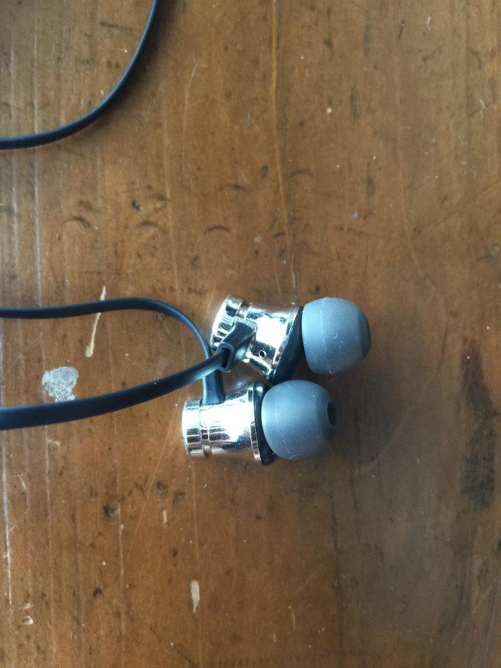 激安Bluetoothイヤホン